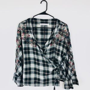 Zara Plaid Embroidered Wrap Top E11